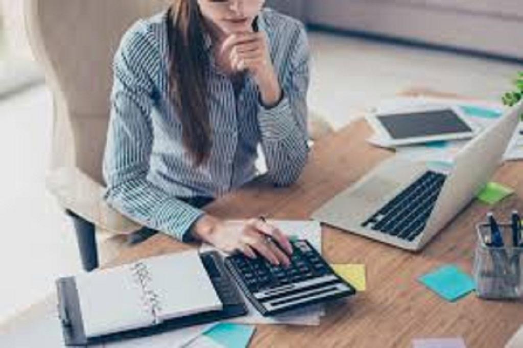 Consejos para contratar un asistente administrativo